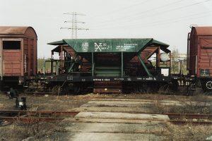 Konin, wagon dwuosiowy samowyładowowczy.