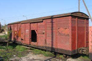 Dziurawy wagon Kddx.