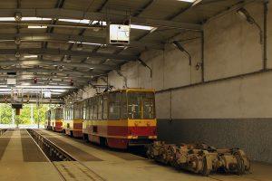 w składy wagonów typu 805Na.
