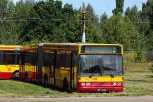 Odstawiony autobus Volvo B10LA #3974.