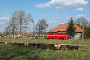 Rawa Mazowiecka - Lxd2-265 jedzie po transportery.