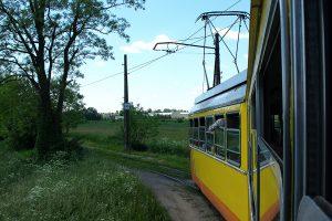 Skręt w kierunku Lutomierska.