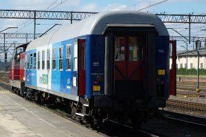 Poznań Główny - naszczeście nie jest to pociąg handlowy.