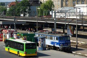 Poznań Główny - EP08-008.