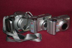Kolekcja aparatów Canon PowerShot.